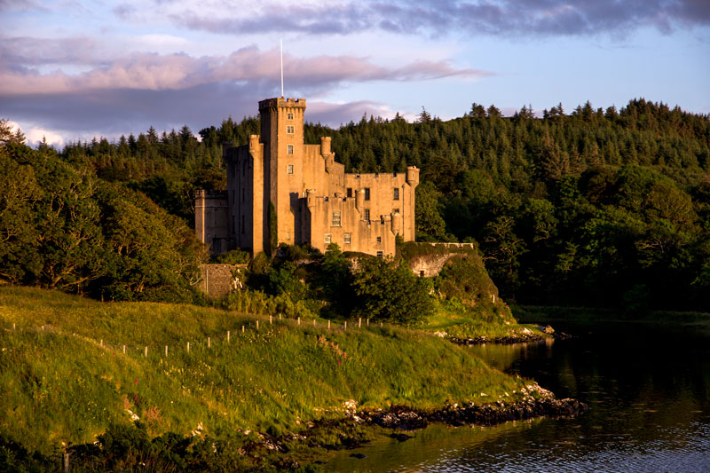 Dunvegan-Castle-Skye broadford backpackers hostel.jpg